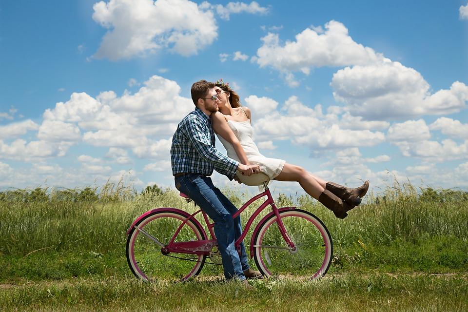 pár na bicykli