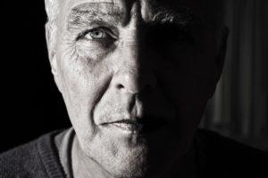 starší muž s rakovinou prostaty