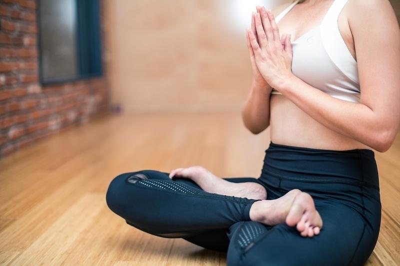 cvičenie na prsia